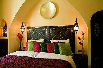 musenbl tter das unabh ngige kulturmagazin. Black Bedroom Furniture Sets. Home Design Ideas